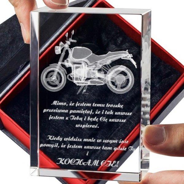 Personalizowana statuetka Motocykl 3D w prezencie dla chłopaka!