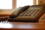 987 - telefon dla osób dotkniętych przemocą domową