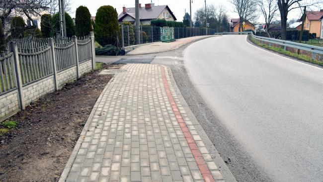 Nowy chodnik w Jedliczu. Borek składa podziękowania