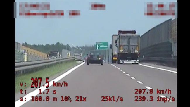 REGION: Pędził 207 km/h. 57-latka zatrzymano na S-19