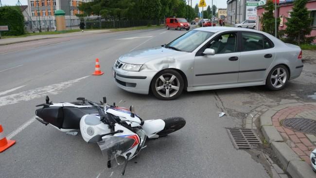 16-letni motocyklista poszkodowany w zdarzeniu drogowym