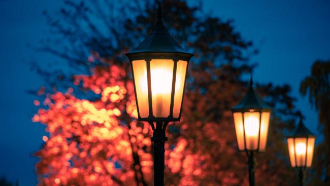Jak wybrać odpowiednie lampy parkowe LED?