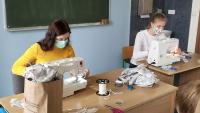 Studenci krośnieńskiej uczelni uszyli 2600 maseczek pomagając w walce z koronowirusem