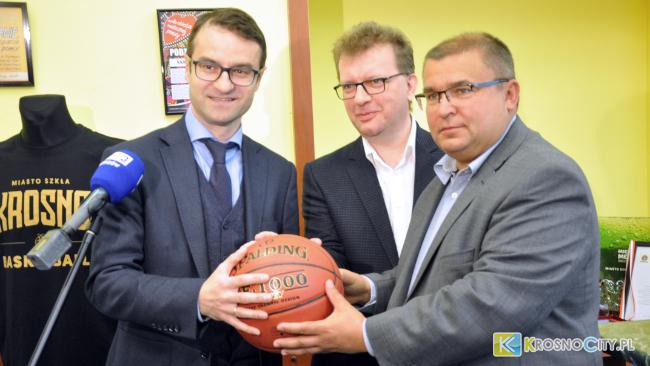 Koszykówka ma nowego sponsora!