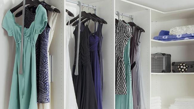 Urok i elegancja modnych sukienek