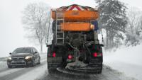 Nieprzejezdne drogi, utrudnienia i intensywne opady śniegu