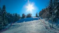 26-letni ratrak unieruchomił stok w Czarnorzekach. To koniec narciarskiego sezonu
