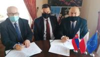 Powiat zrealizuje projekt poprawy atrakcyjności i dostępności turystycznej pogranicza polsko-słowackiego