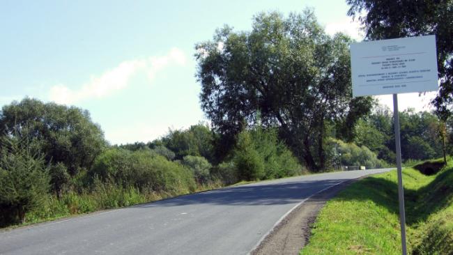 """Droga """"Puławy przez wieś"""" po remoncie"""