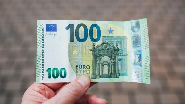 Pożyczka przez Internet na konto bankowe - co należy wiedzieć?