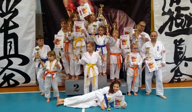 Krosno: Zawodnicy 12 klubów rywalizowali w turnieju karate
