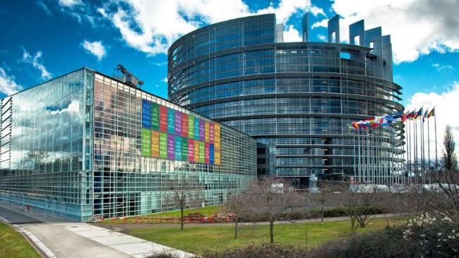 Zobacz, kto startuje do Parlamentu Europejskiego [LISTY KANDYDATÓW]