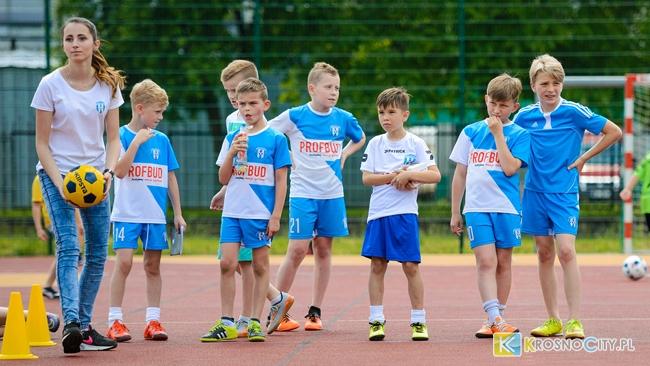 Bambini oraz Miniturnieje EURO - Beniaminek w lipcu gra za darmo