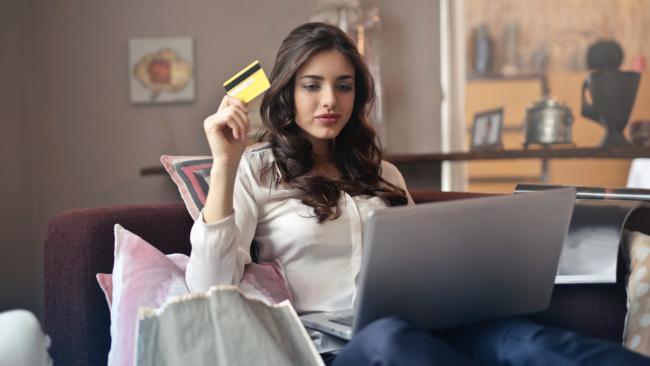 Interesuje Cię pożyczka internetowa, ale martwisz się o terminową spłatę? Mamy dla Ciebie kilka wskazówek