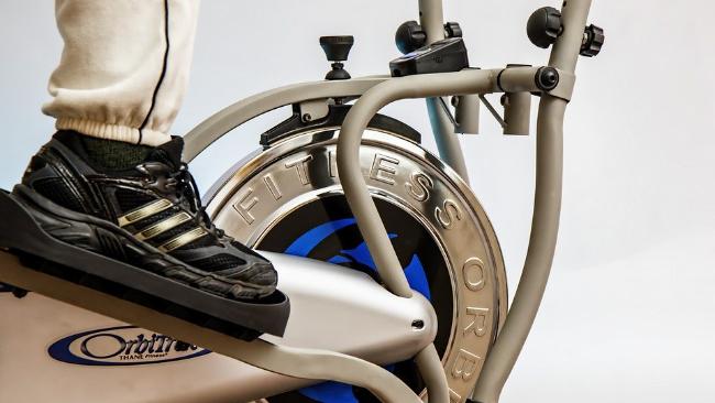 Jak sprawić, aby ćwiczenia na rowerze stacjonarnym nie były nudne?