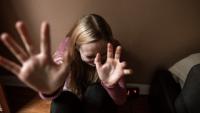 51-latek stosował przemoc wobec rodziny. Ma zakaz powrotu do domu