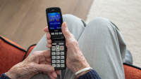 Ruszyła infolinia telewsparcia dla seniorów