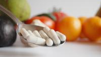 """GIS ostrzega przed ofertami """"antywirusowych"""" produktów, m.in. suplementów diety"""